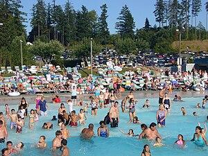 Wild Waves Theme Park - Wave Pool