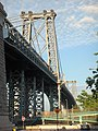 Williamsburg Bridge near view - panoramio.jpg