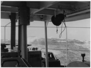 Wind and seas from astern. Storm in the North Atlantic, Beaufort 9 to 10 (1957).png