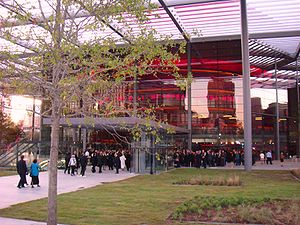 English: The exterior of the Winspear Opera Ho...