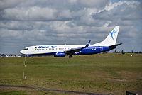 YR-BME - B738 - Blue Air