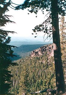 Yamsay Mountain, Klamath County, Oregon.jpg