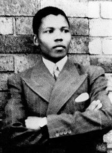 Nelson Mandela a 19 anni.