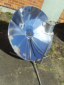 """Sungril"" solar cooker photo4.jpg"