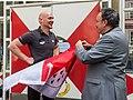 Übergabe Köln-Fahne durch Alexander Gerst-5930.jpg