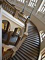 ČVUT schodiště shora.JPG