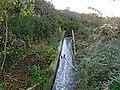 Στόμιο σήραγγας της ΔΕΗ που υδροδοτεί την Λίμνη Άγρα από τη Λίμνη Βεγορίτιδα.jpg