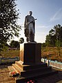 Братська могила 8 радянських воїнів, Обжиле.jpg