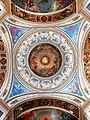 Взгляд под купол Исаакиевского собора. Потрясающая симметрия.jpg
