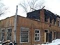 Здание после пожара Набережная 19, Котлас.JPG