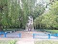 Пам'ятник учасникам ІІ Світової війни у с.Кунин.jpg