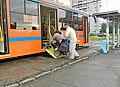 Погрузка инвалида-колясочника в трамвайный вагон модели 71-623.jpg