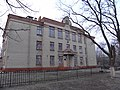 Фасад здания по ул. Луи Пастера,4 под углом.JPG