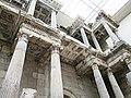 ミレトスの市場門(紀元前120年頃) - panoramio.jpg