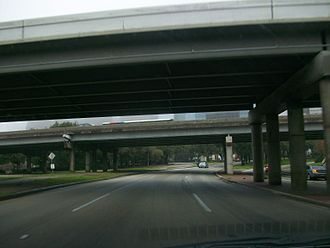 Allen Parkway - Eastbound, passing under the I-45