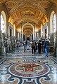 0 Galerie des Candélabres - Musées du Vatican (1).JPG