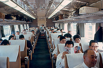 0 Series Shinkansen - Interior of a 1st class car in May 1967