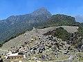 133 Quarry, Gaurd House, Machu Picchu Peak Machu Picchu Peru 2396 (15140747766).jpg