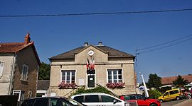 The town hall in Pougny