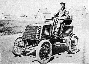 Thomas B. Jeffery Company - Charles T. Jeffery driving a 1901 Rambler model A