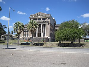 1914 Nueces County Courthouse 2.jpg