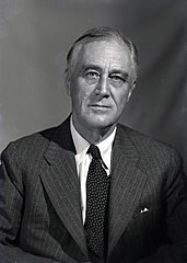 1944 portrait of FDR (2).jpg