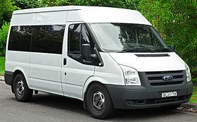 2006-2011 Ford Transit (VM) 140 T330 van (2011-11-18) 01.jpg