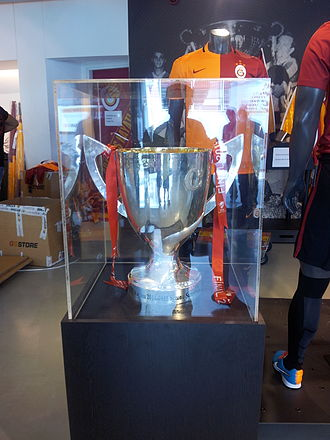 2014–15 Turkish Cup - Picture of the trophy, won by Galatasaray.