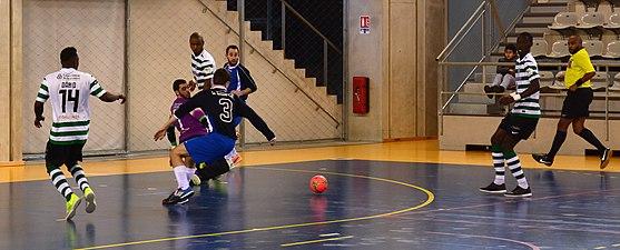 2015-02-28 16-19-56 futsal.jpg