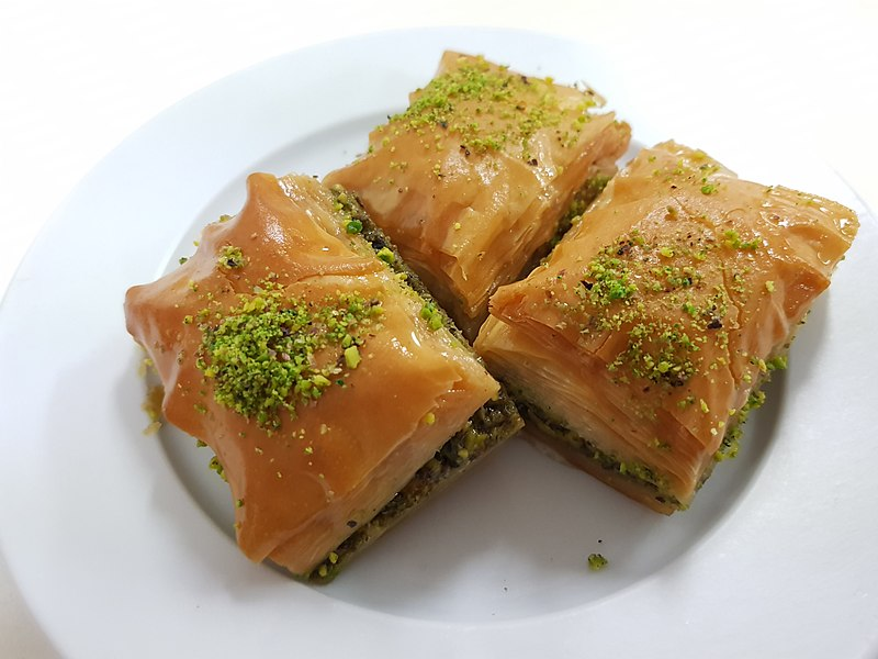 File:2018-04-28 Turkish baklava in Australian turkish cafe.jpg