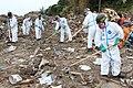 23.5.11 44普連:捜索(20km圏内)① 東日本大震災における災害派遣活動 10.jpg