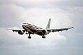 8ga - American Airlines Airbus A300; N330698@MIA;24.01.1998 (4752270447).jpg