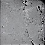 AS15-90-12316 (21501815918).jpg