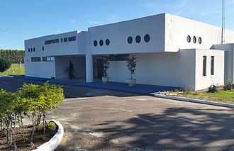 Teixeira de Freitas Airport - Image: Aeroporto TXF Fachada