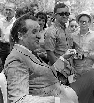 Al Capp - Al Capp at 1966 Art Festival in Florida