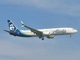 Alaska Airlines Boeing 737-990(ER) N434AS approaching Newark Liberty International Airport.jpg