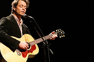 Amos Lee - Lee performing at Poptech in 2008