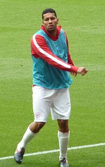 Santos warming up for Arsenal before match versus Swansea City in 2011 472654cad87a7