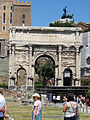 Arch of Septimius Severus (15238330485).jpg