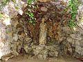 Asnières-sur-Oise (95), abbaye de Royaumont, grotte de saint Louis (abritant anciennement une Pietà) 2.JPG