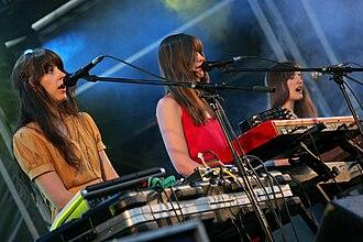 Au Revoir Simone - Au Revoir Simone performing in 2008.
