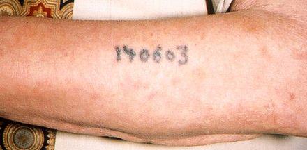 Tatuagem campo concentração