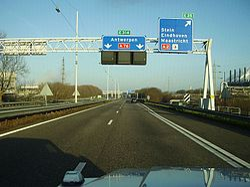 AutosnelwegA76.JPG