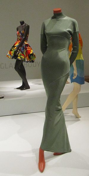 Azzedine Alaïa - A grey Azzedine Alaïa dress (front), from 1986 to 1987, acetate