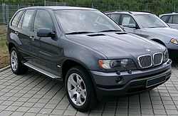 250px-BMW_E53_front_20080524.jpg