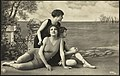 Bademoter på 20-tallet - Swimsuit fashion in the 20ties (35494371321).jpg