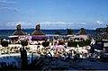 Bahamas 1988 (057) New Providence Cable Beach (23315554181).jpg