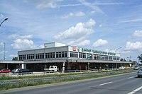 Bahnhof Berlin-Schoenefeld Flughafen Gebaeude.jpg