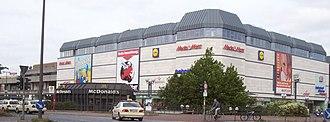 Hamburg-Altona station - Image: Bahnhof Hamburg Altona Außenansicht