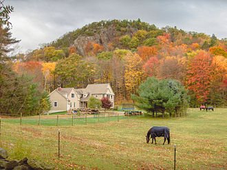 Connecticut - Scenery upon Barndoor Hills in Granby in autumn